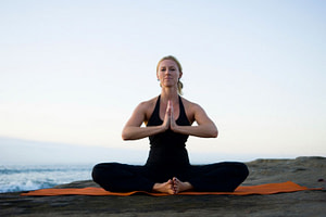 Cobblers Pose, baddha konasana: Yogalily.com