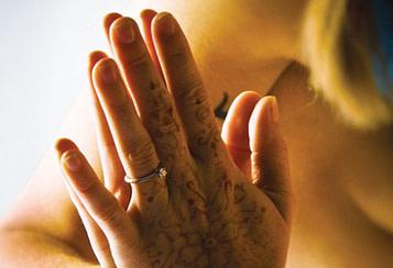 Anjali-Mudra-prayer-position