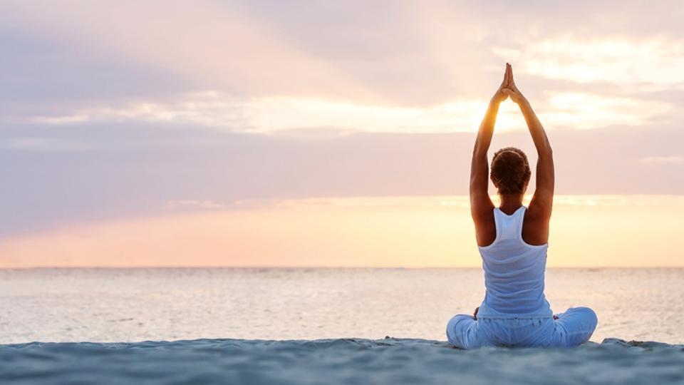 Restorative Yoga for the Summer Solstice (夏至 Xia Zhi)